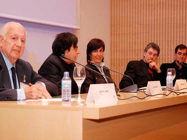 Luis De Garrido, junto con Antonio Lamela, Enrique León y Carlos Ferreter, en un Congreso Internacional de Arquitectura